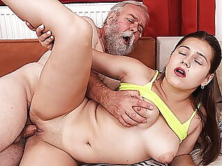 amateur old & young czech at Xnxx