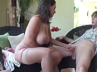 hairy handjob hd at XnXX