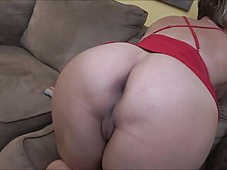 blonde cumshot milf at XnXX