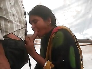 amateur blowjob indian at Xnxx